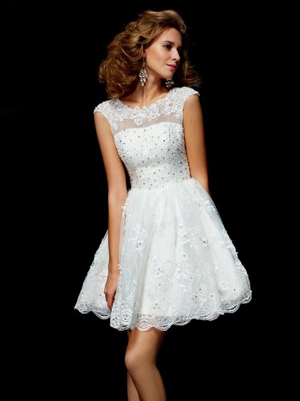 Short/Mini A-Line/Princess V-neck Short Sleeves Applique Organza Dresses
