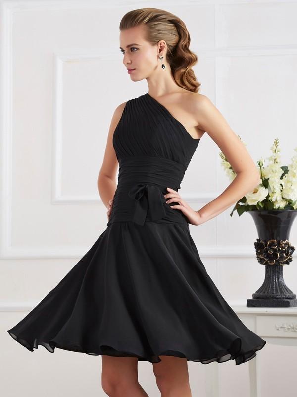 Knee-Length A-Line/Princess One-Shoulder Sleeveless Pleats Chiffon Dresses