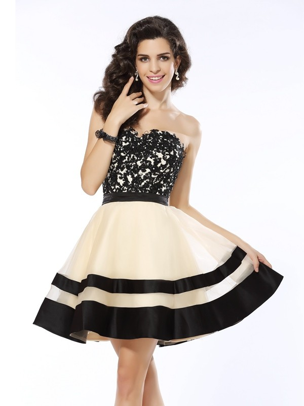 Short/Mini A-Line/Princess Sweetheart Sleeveless Applique Organza Dresses