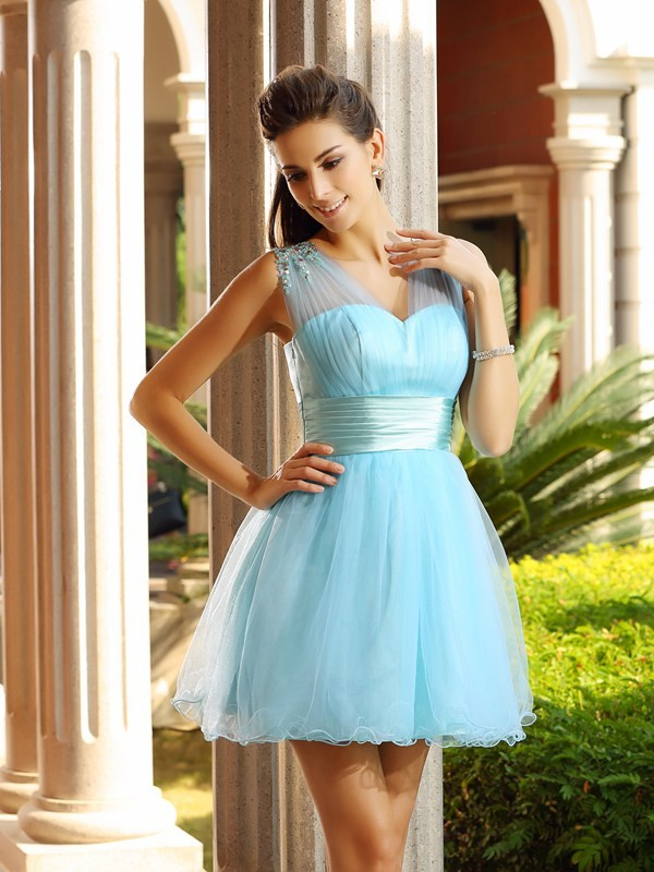 Short/Mini A-Line/Princess V-neck Sleeveless Beading Net Dresses