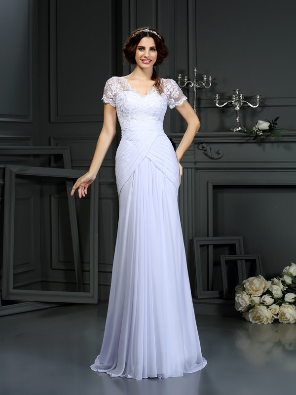 Court Train Sheath/Column V-neck Short Sleeves Lace Chiffon Wedding Dresses