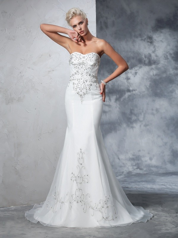 Court Train Trumpet/Mermaid Sweetheart Sleeveless Beading Satin Wedding Dresses