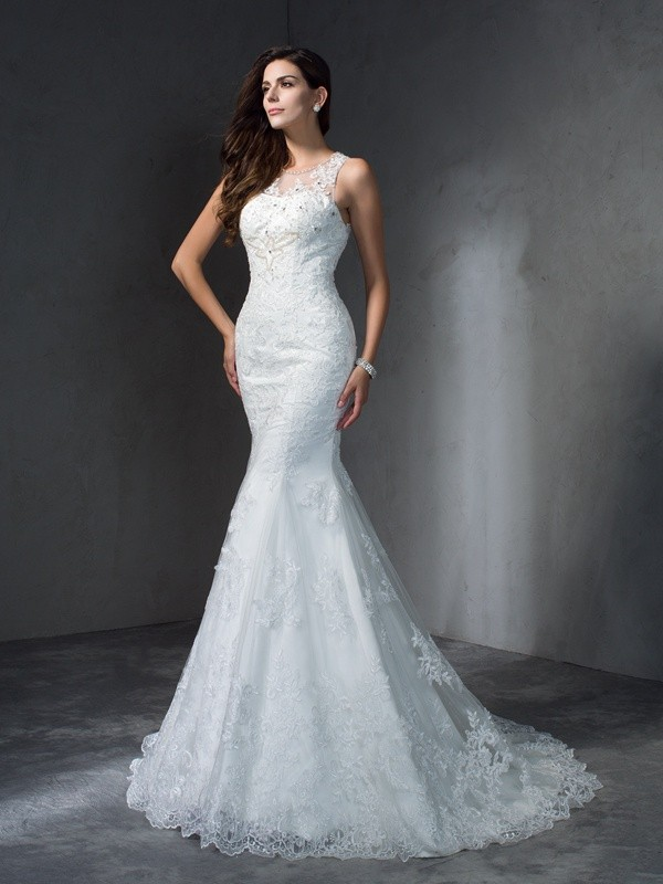 Court Train Trumpet/Mermaid Scoop Sleeveless Applique Lace Wedding Dresses