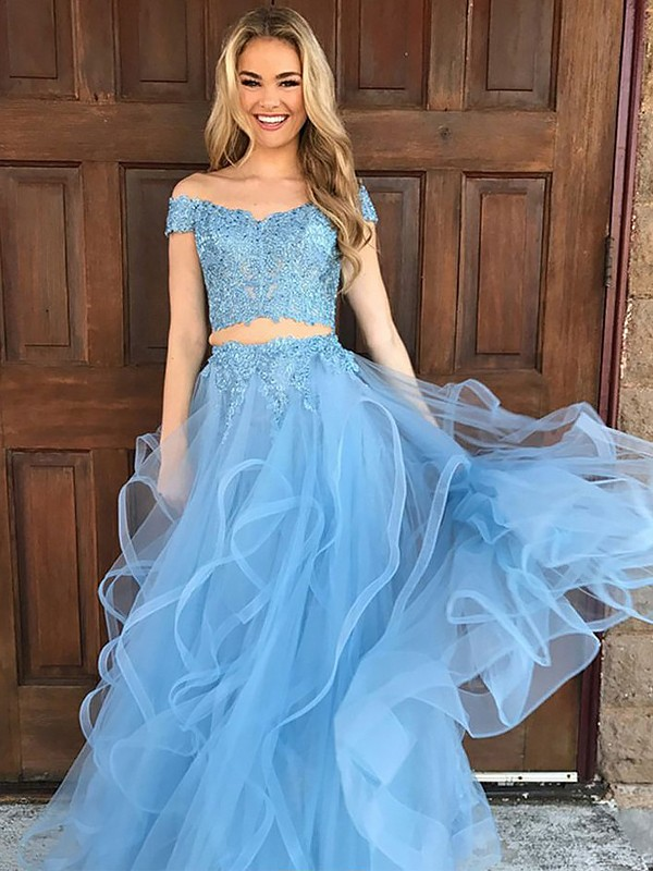 Floor-Length A-Line/Princess Off-the-Shoulder Sleeveless Applique Tulle Dresses