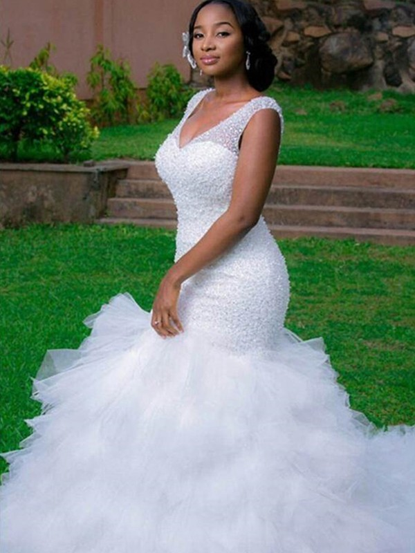 Cathedral Train Trumpet/Mermaid Sleeveless V-neck Tulle Wedding Dresses