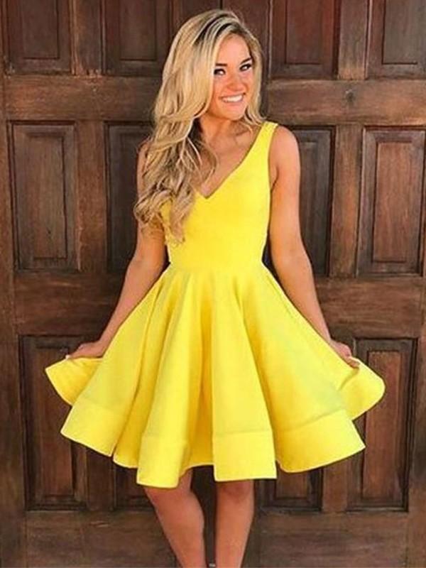 Short/Mini A-Line/Princess Straps Sleeveless Satin Dresses