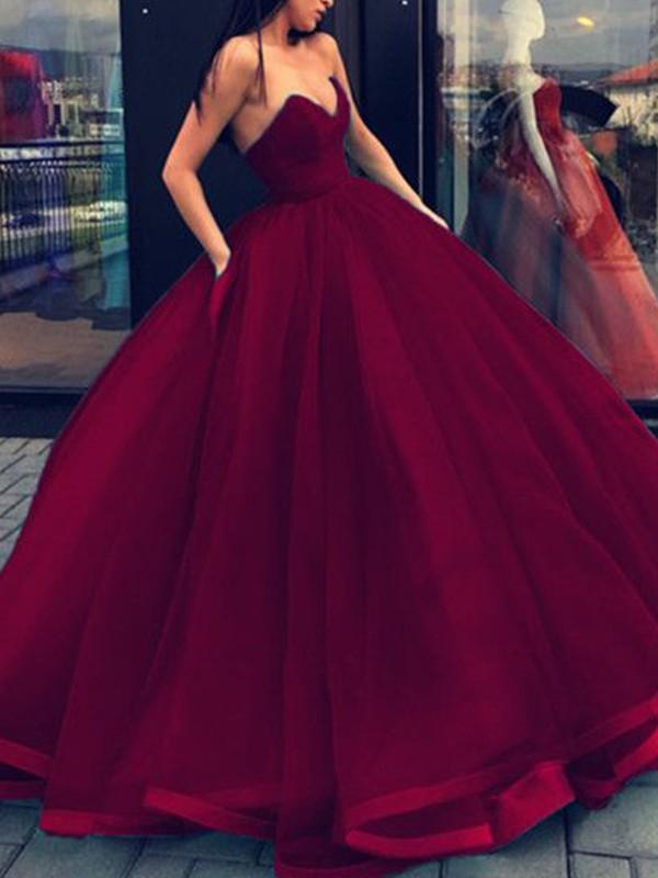 Floor-Length Ball Gown Sweetheart Sleeveless Organza Dresses