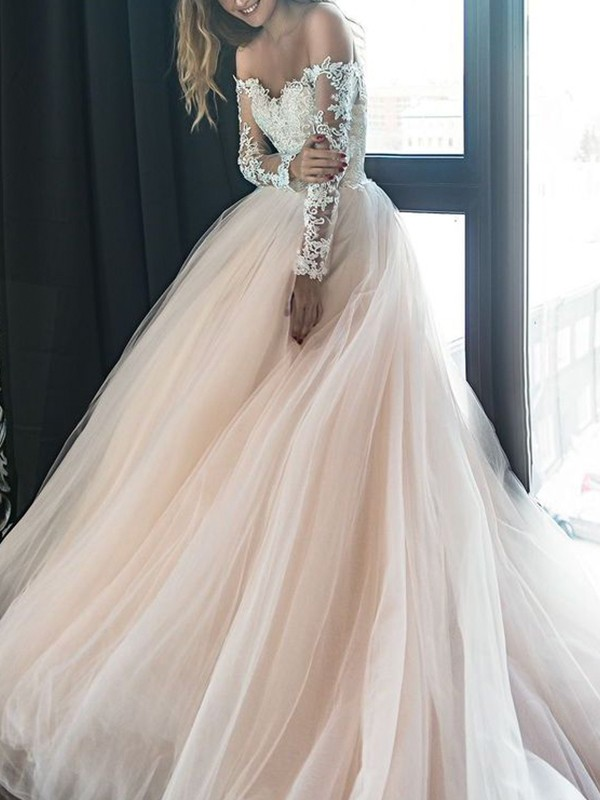 Court Train A-Line/Princess Off-the-Shoulder Long Sleeves Tulle Wedding Dresses