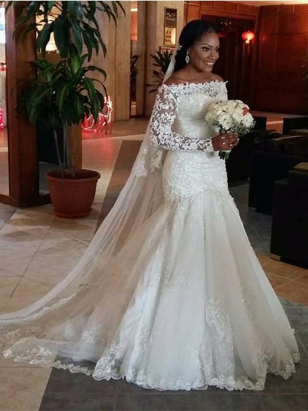 Sweep Train Trumpet/Mermaid Off-the-Shoulder Long Sleeves Lace Tulle Wedding Dresses