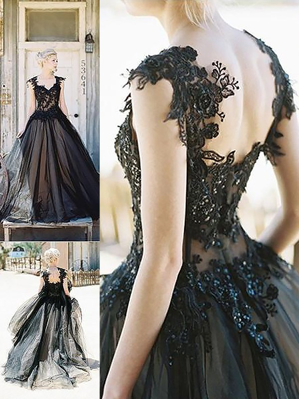 Sweep/Brush Train Ball Gown Sweetheart Sleeveless Lace Tulle Dresses