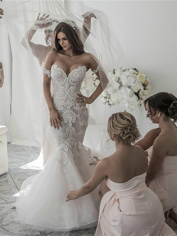 Chapel Train Trumpet/Mermaid Sleeveless Off-the-Shoulder Tulle Wedding Dresses