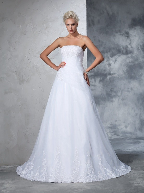657c156512 Court Train Ball Gown Strapless Sleeveless Applique Net Wedding Dresses
