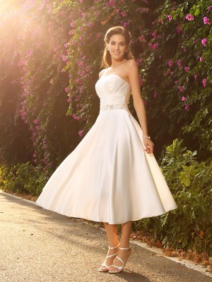 Tea-Length A-Line/Princess Sweetheart Sleeveless Beading Satin Wedding Dresses