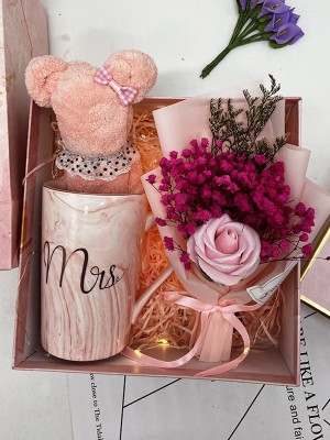 Beautiful Wedding Gift Box For Bridesmaid