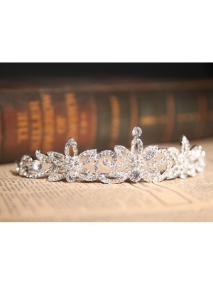 Gorgeous Flower Wedding Headpieces With Clear Crystals