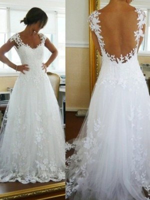 Sweep/Brush Train A-Line/Princess V-neck Sleeveless Lace Tulle Wedding Dresses