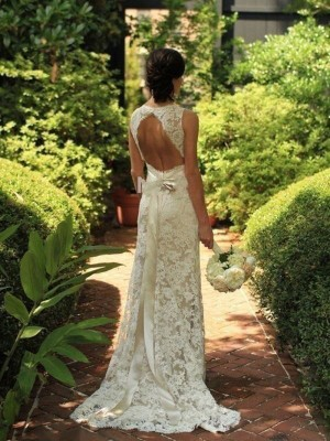 Sweep/Brush Train Sheath/Column V-neck Sleeveless Lace Wedding Dresses