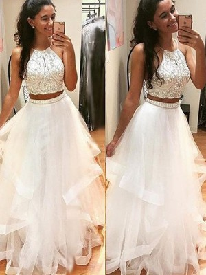 Floor-Length A-Line/Princess Halter Sleeveless Beading Tulle Dresses