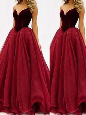 Floor-Length Ball Gown Sweetheart Sleeveless Tulle Dresses