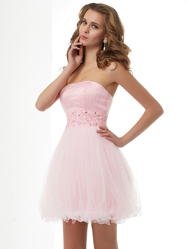 Short/Mini Sheath/Column Sweetheart Sleeveless Beading Elastic Woven Satin Dresses