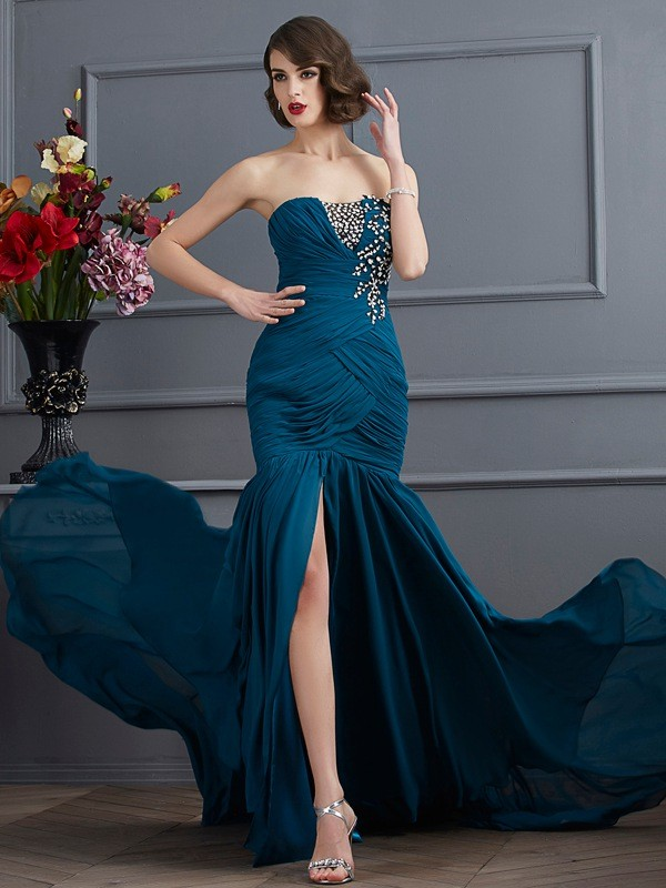 Sweep/Brush Train Trumpet/Mermaid Strapless Sleeveless Beading Chiffon Dresses