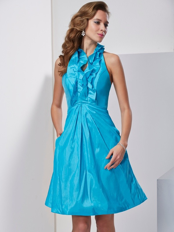 Knee-Length A-Line/Princess Halter Sleeveless Ruffles Taffeta Dresses