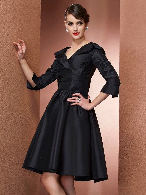 Short/Mini A-Line/Princess V-neck 3/4 Sleeves Other Taffeta Mother of the Bride Dresses