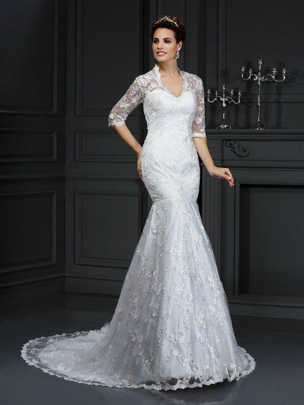 Court Train Trumpet/Mermaid V-neck 1/2 Sleeves Lace Wedding Dresses