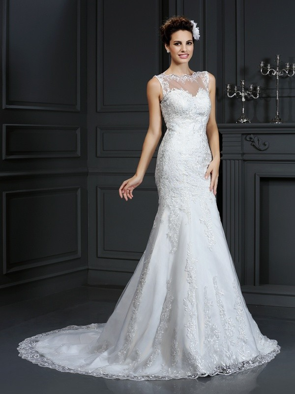 Court Train Sheath/Column Bateau Sleeveless Lace Satin Wedding Dresses