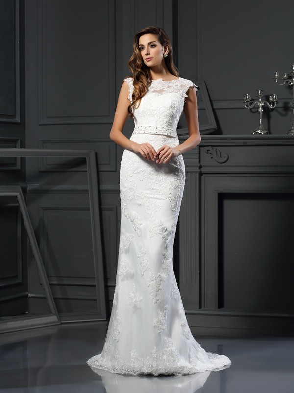 Court Train A-Line/Princess Bateau Sleeveless Lace Satin Wedding Dresses
