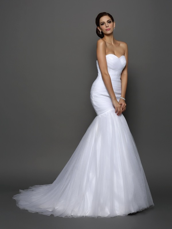 Court Train Trumpet/Mermaid Sweetheart Sleeveless Pleats Net Wedding Dresses