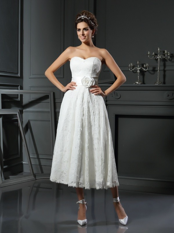 Tea-Length A-Line/Princess Sweetheart Sleeveless Lace Wedding Dresses