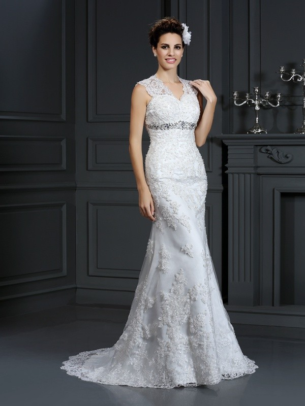 Sweep/Brush Train Sheath/Column V-neck Sleeveless Beading Lace Wedding Dresses