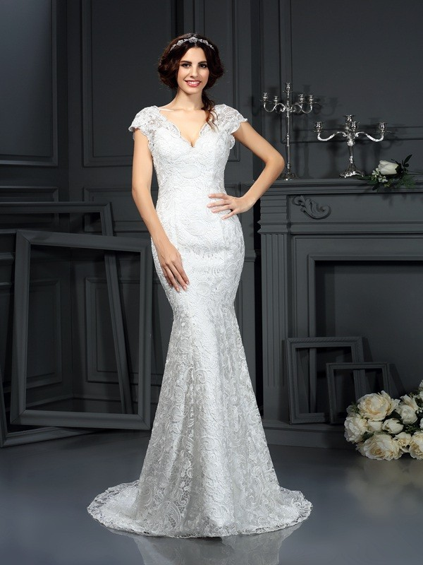 Court Train Trumpet/Mermaid V-neck Sleeveless Lace Wedding Dresses