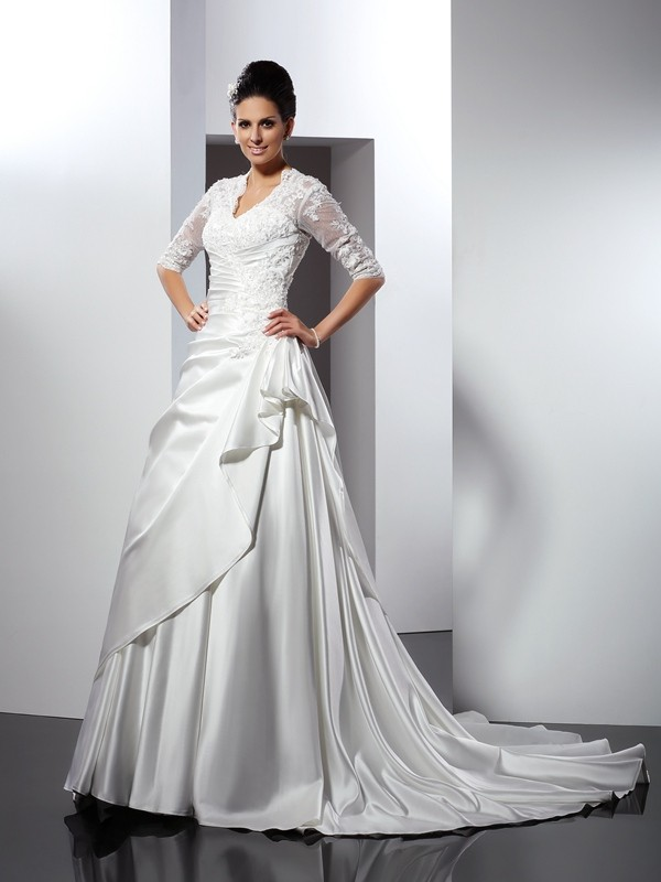 Chapel Train A-Line/Princess V-neck 1/2 Sleeves Applique Satin Wedding Dresses