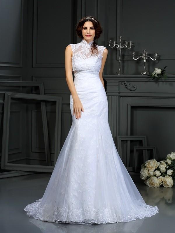 Court Train Trumpet/Mermaid Sweetheart Sleeveless Lace Satin Wedding Dresses