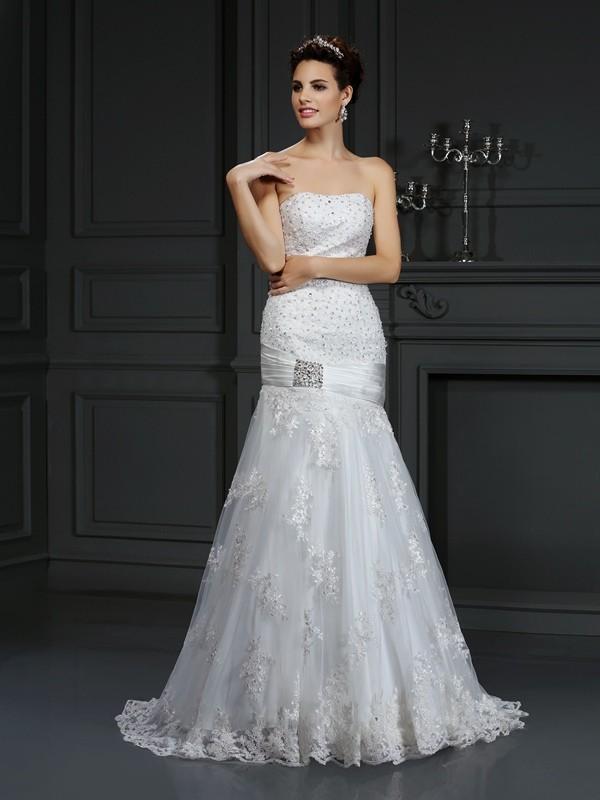 Court Train Sheath/Column Strapless Sleeveless Applique Satin Wedding Dresses