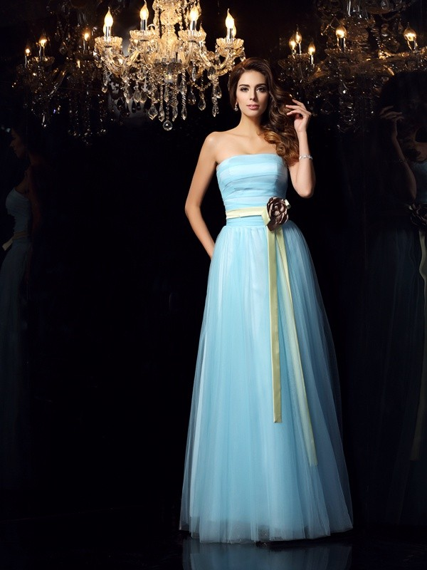 Floor-Length Ball Gown Strapless Sleeveless Sash/Ribbon/Belt Satin Dresses