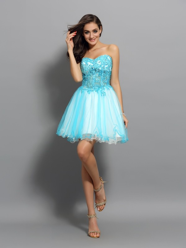 Short/Mini A-Line/Princess Sweetheart Sleeveless Beading Satin Dresses