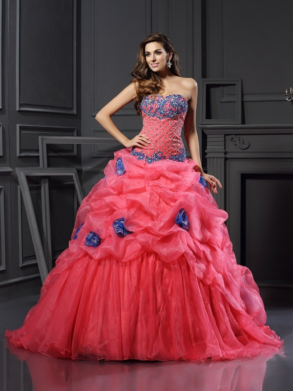 Chapel Train Ball Gown Sweetheart Sleeveless Beading Organza Dresses