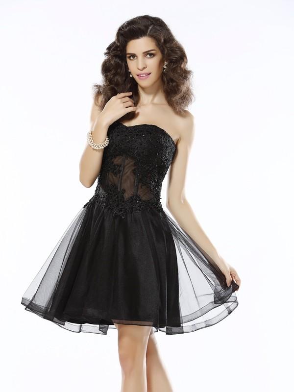 Short/Mini A-Line/Princess Sweetheart Sleeveless Applique Satin Dresses