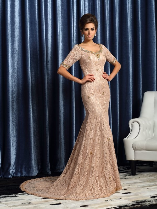 Court Train Trumpet/Mermaid V-neck Sleeveless Lace Elastic Woven Satin Mother of the Bride Dresses