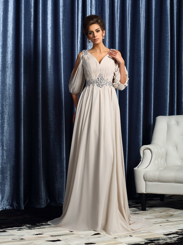 Court Train A-Line/Princess V-neck 1/2 Sleeves Beading Chiffon Mother of the Bride Dresses
