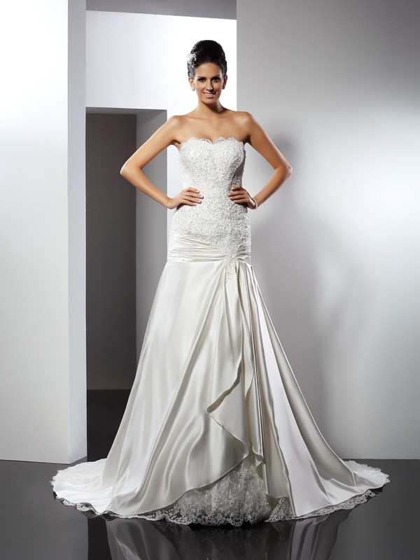 Chapel Train Trumpet/Mermaid Sweetheart Sleeveless Applique Satin Wedding Dresses
