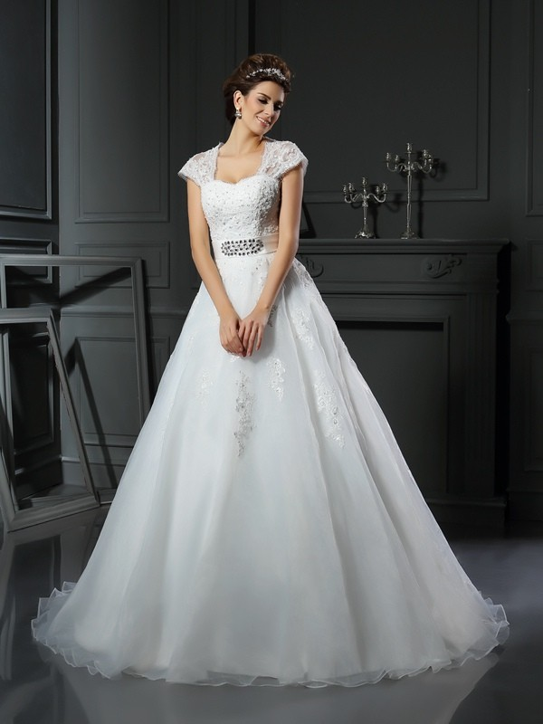 Chapel Train Ball Gown Square Sleeveless Beading Organza Wedding Dresses