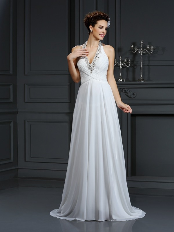 Court Train A-Line/Princess Halter Sleeveless Beading Chiffon Wedding Dresses