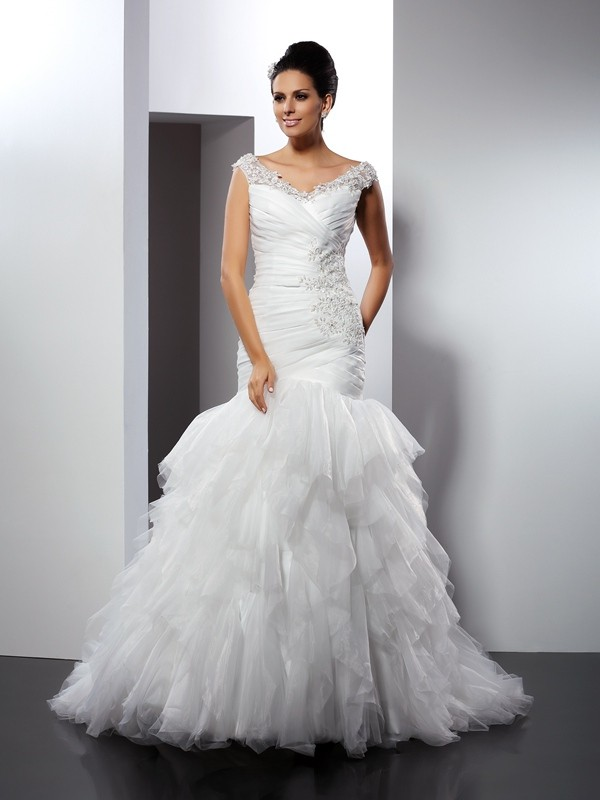 Cathedral Train Trumpet/Mermaid V-neck Sleeveless Applique Tulle Wedding Dresses