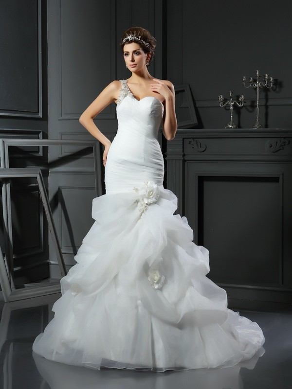 Chapel Train Trumpet/Mermaid Sweetheart Sleeveless Ruffles Satin Wedding Dresses