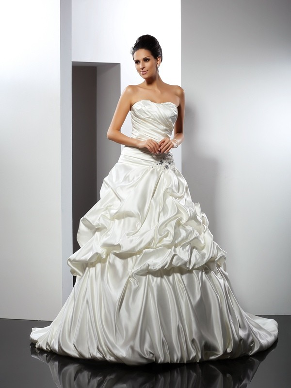 Cathedral Train Ball Gown Sweetheart Sleeveless Other Satin Wedding Dresses