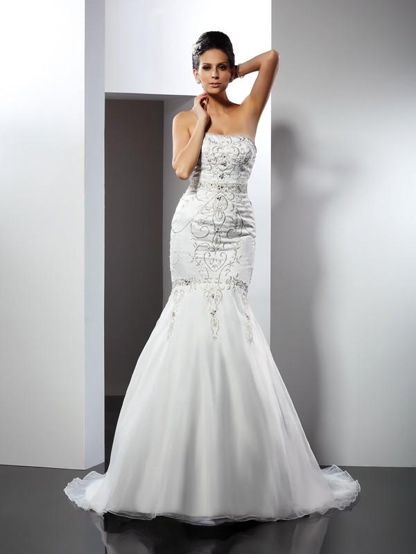 Chapel Train Trumpet/Mermaid Strapless Sleeveless Applique Satin Wedding Dresses